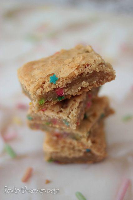 Cake Batter bars: Cakes Mixed, Recipe, Cake Batter Bars, Bar Yummy, Cakes Bar, Cakes Batter Bar, Funfetti Cakes, Yummy Cakes, Cakebatterbars
