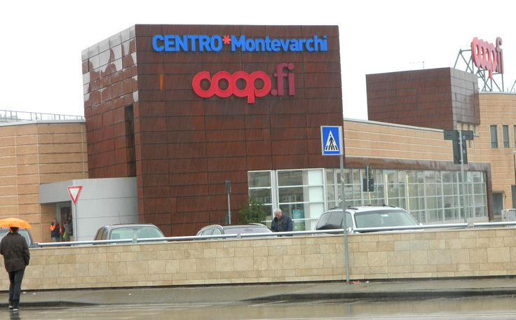 If you want to go to a bigger Coop than the one in Figline Valdarno, there is the Coop in Montevarchi .