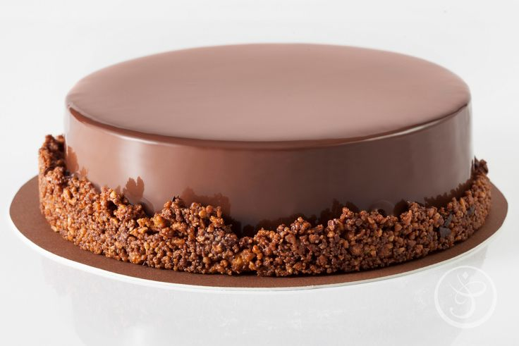The Finest French Cakes by Chef Joel Reno at The French Pastry School: March 25-27 (4:00 pm - 9:00 pm). $575