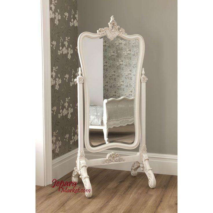 Cermin gantung Rochelle mempunyai gaya model klasik yang elegan dan menawan.cermin ini terbuat dari kayu mahoni solid berkualitas tinggi.cermin ini sangat cocok sekali sebagai dekorasi rumah anda a…