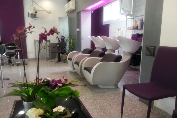 Coiffures and Salons on Pinterest