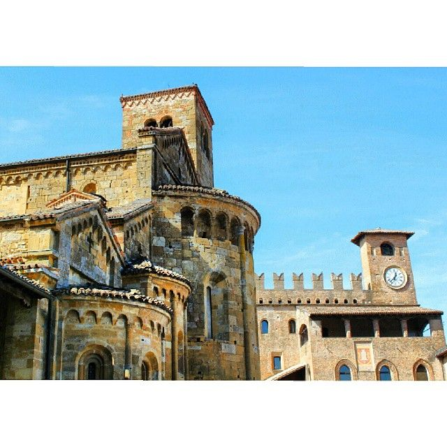 Castell'Arquato, Piacenza - Instagram by paky_g