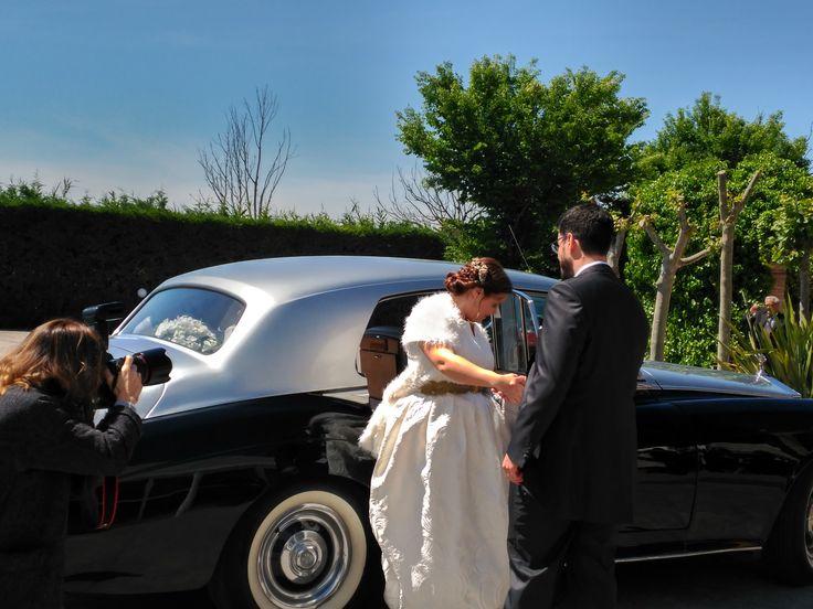 """Cristina y Javier: """"Hace 8 meses que decidimos contratar a La Bastilla para preparar el día de nuestra boda. La verdad es que todo han sido facilidades. Son muy profesionales y te recomiendan con cariño. Mil gracias a Rebeca, Sergio y Luis por hacer este día inolvidable. Salió todo perfecto y lo recordaremos siempre. 100% recomendable."""""""