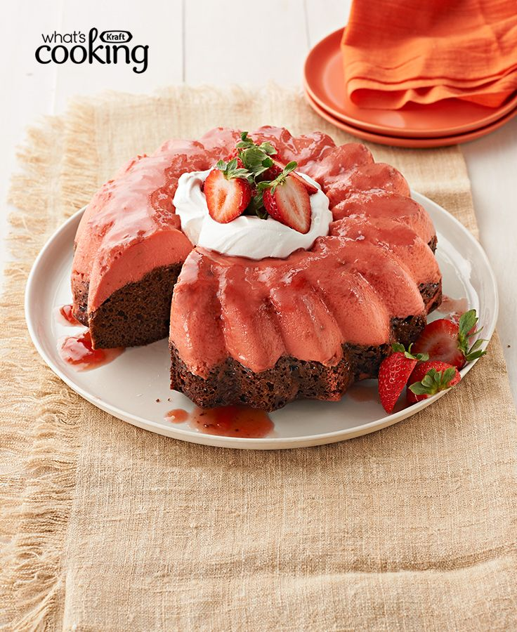 This chocoflan features a flan with strawberry JELL-O that delivers great flavour and beautiful colour! It's what we like to call a showstopper dessert. Tap or click photo for this Strawberry Chocoflan #recipe.