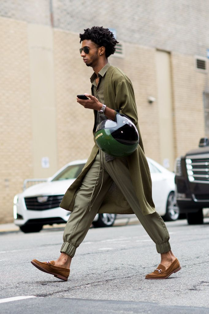 A monochromatic olive green look (Photo: Marcy Swingle for The New York Times)
