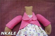 Mimin Dolls: Como fazer um casaco para doll by Nkale -  use translator to make coat for doll!.