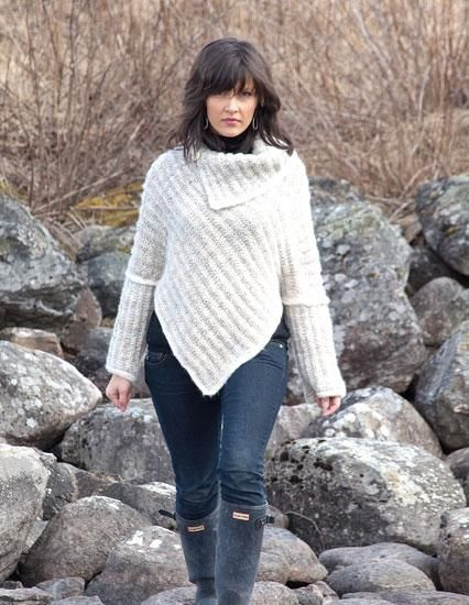 Stilig genser strikket på skrå
