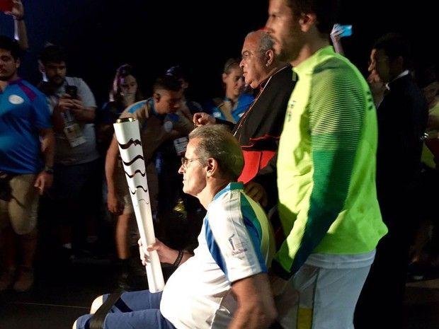 Campeão mundial de ski aquático, o atleta paralímpico Thomaz Magalhães…