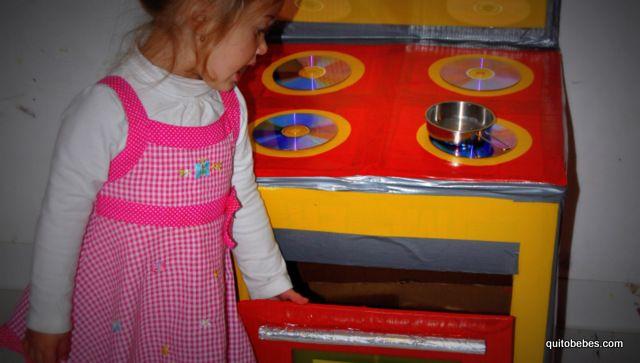 1000 images about cocinas y juguetes de carton para ninos - Como distribuir una cocina ...
