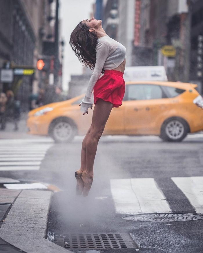 RL Ballet Dancers What a great photo, the strong vertical and horizontal elements, the perspectives and the colors, the dancer floating in the mist.