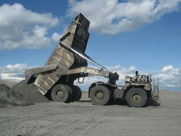 Mining dump truck & trailer....DIFFERENT.