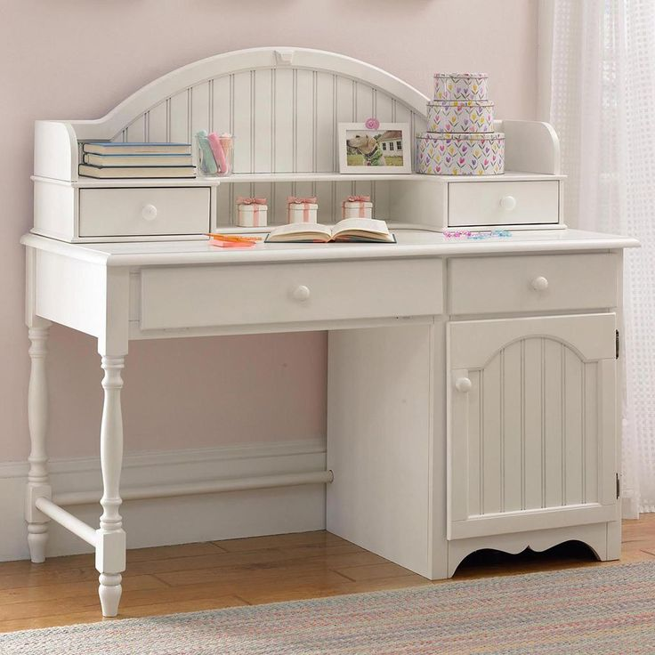 Westfield Child S Desk With Hutch