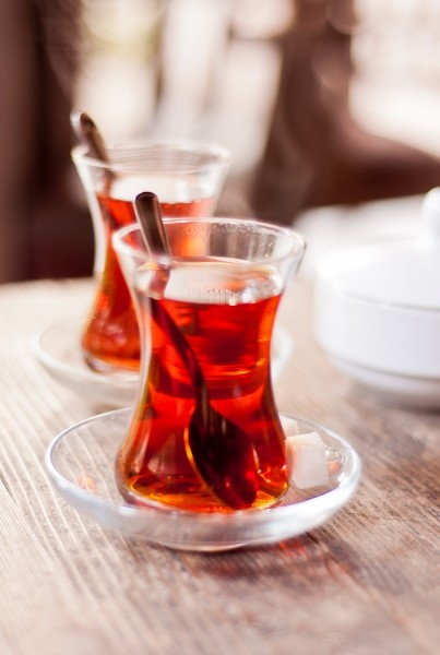 turkish tea in bardak