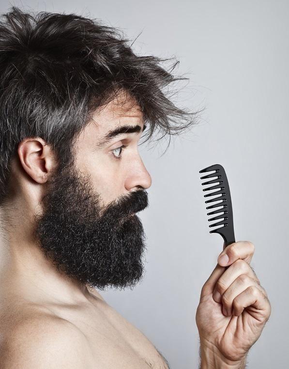 Comment entretenir une barbe longue. La barbe est à la mode. De nombreux hommes choisissent de faire pousser leur barbe pour changer d'apparence et adopter un nouveau look. Avoir une barbe longue n'est pas quelque chose de simple, car ce...