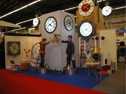 Exposicion en Paris de Candido Valverde S.L. de relojes de torre y relojeria industrial