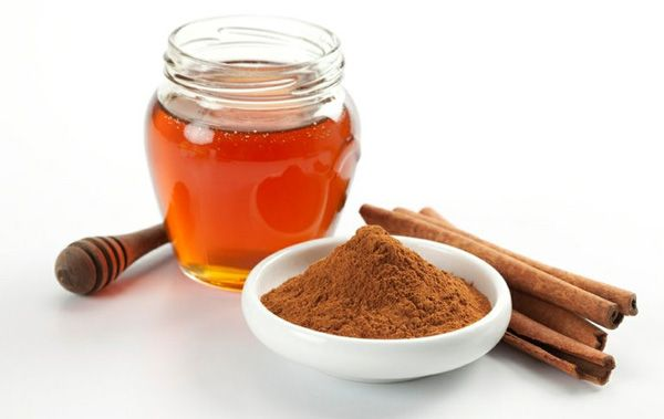 Les Effets incroyables d'une cuillère de cannelle et de miel le matin