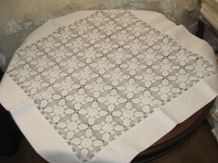 Linen & Lacework tablecloth
