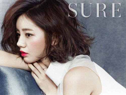 Girl's Day's Hyeri highlights her luscious lips with 'Giorgio Armani' makeup for 'Sure' + BTS clip | allkpop.com