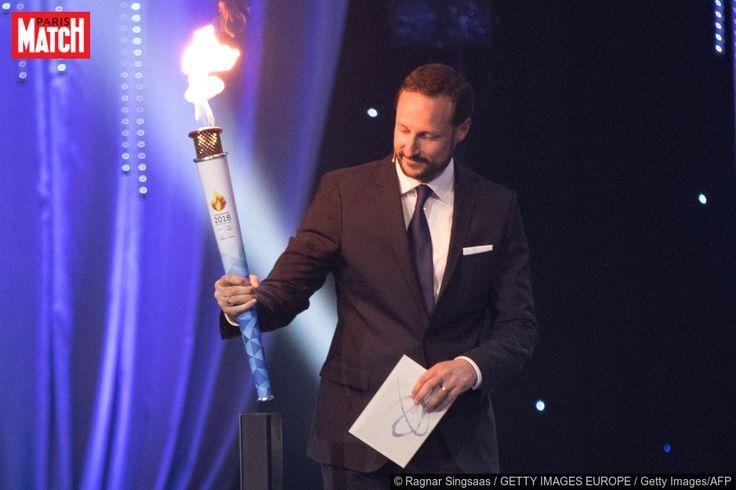 Ce samedi, le prince héritier Haakon de Norvège a donné officiellement le coup d'envoi des Jeux olympiques de la jeunesse (JOJ) qui se dérouleront dans son pays à Lillehammer du 12 au 21 février prochain.