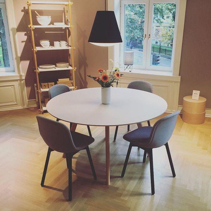 Fantastiske CPH25 Round Table! Nå å se i HAY House Oslo. #hay #haynorge #lørdag #hayhouseoslo #design