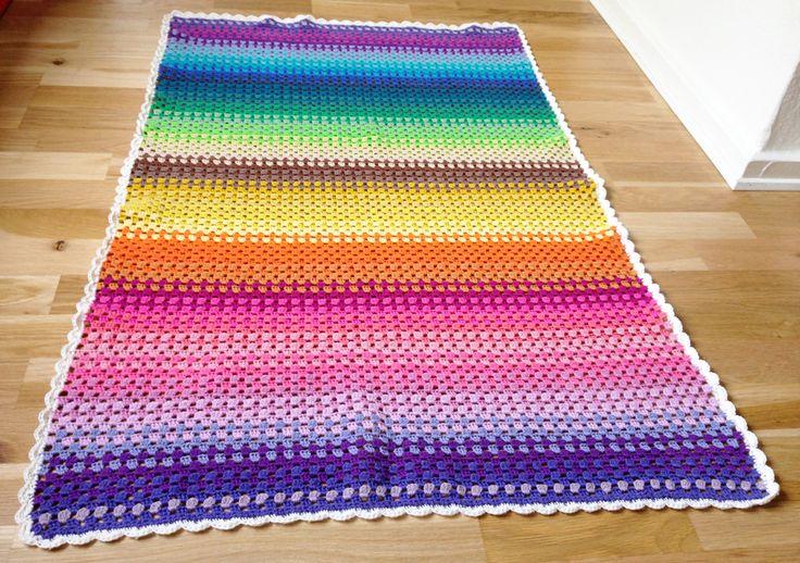 Hækleopskrift: Granny stripe tæppe