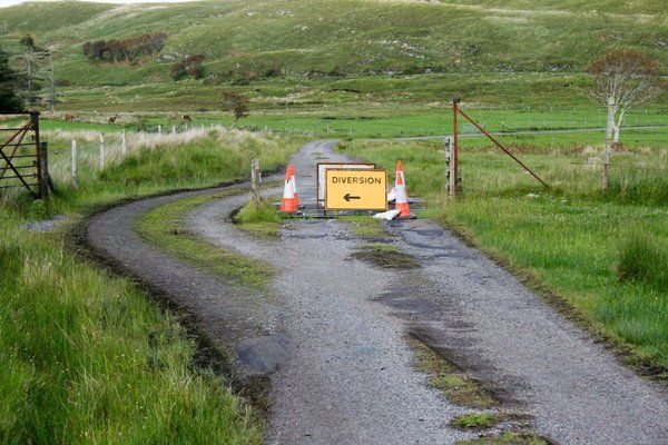 Traffic chaos on the Scottish hebridies : europe