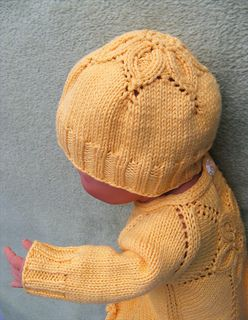 Free Knitting Pattern Baby Flower Hat : 17 Best images about Knitting: Baby Hats and Headbands on Pinterest Baby kn...