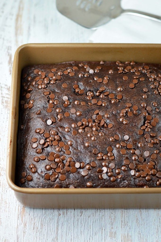 double chocolate banana cake - Double chocolate banana cake is made healthier with no oil or butter but you would never know it!