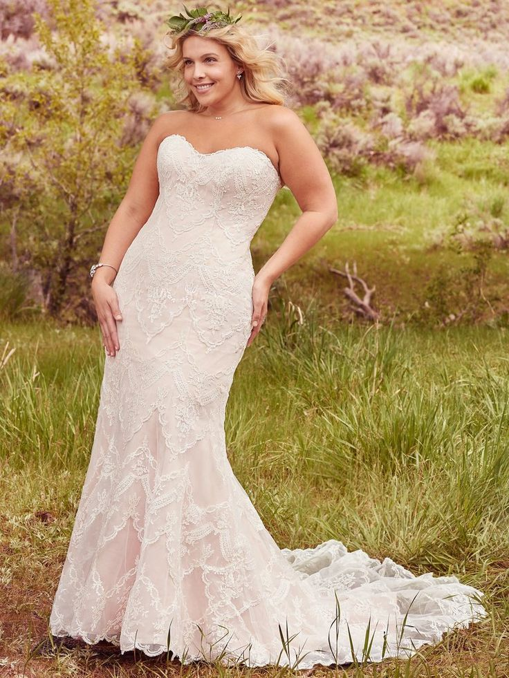 46 best plus size samples available samples sizes 16 for Antique inspired wedding dresses