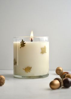 DIY Pumpkin Spice Candle - A simple and thoughtful hostess gift! boxwoodavenue.com