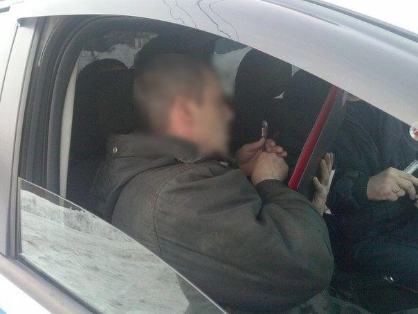 В Можгинском районе задержан водитель за езду в пьяном виде https://mozlife.ru/stati/kriminal-i-proisshestvija/ocherednogo-mozhginskogo-voditelja-zader.html  В Можгинском районе за вождение в нетрезвом виде задержан водитель легковушки.