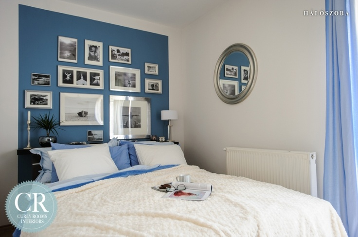 Curly Rooms Interiors  - Bedroom in a waterfront cottage