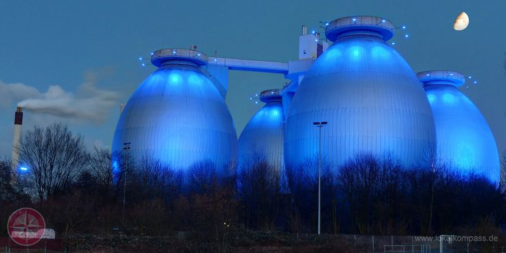 Die blauen Eier von Bottrop,Faultürme der Emschergenossenschaft Kläranlage an der B224 ! - Essen-Nord - lokalkompass.de