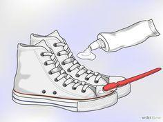 Cómo limpiar unas Converse blancas                                                                                                                                                     Más
