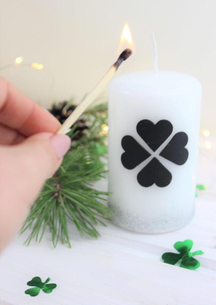 Kerze Fur Silvester Gestalten Mit Wachsplatten Mit Bildern