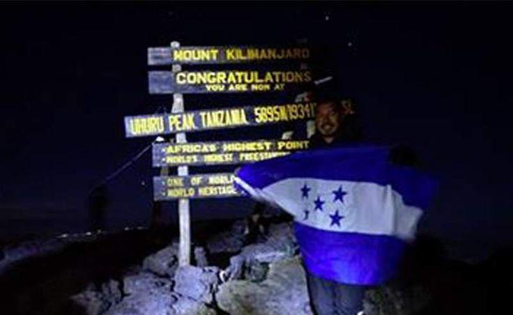 Roger Espinoza y su aventura en África escalando la montaña Kilimanjaro - Diario Diez