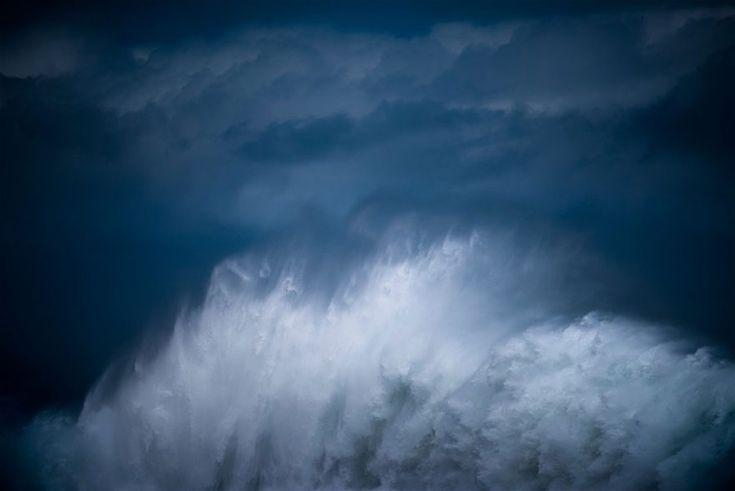 Eindrucksvolle Fotoserie über majestätische Riesenwellen - KlonBlog