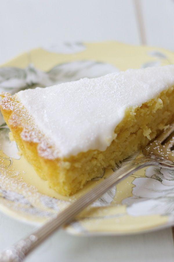 Italian lemon, olive oil & ricotta cake with lemon glaze