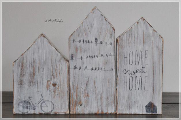 Deko-Objekte - 3 Holzhäuser - shabby - ein Designerstück von art_of_66 bei DaWanda