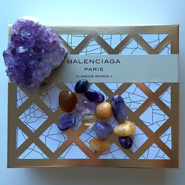 Found excellent use for my perfume box, just loving the contrasting colours #earthcandy #amethyst #balenciaga #calcite #citrine #crystals #paris #hariklia (at To shop link in profile)
