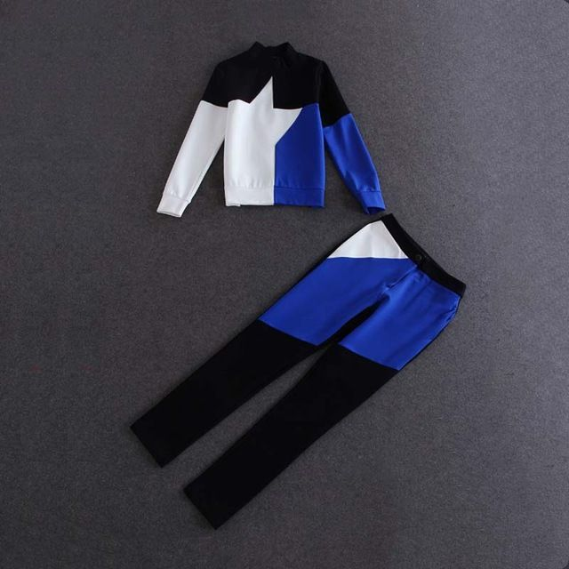 Black White Blue Block Patchwork Tracksuits For Women In The Autumn Women's Sports Suit 2015 Hoodies Women 15812 US $62.04 Specifics Material	Polyester Sleeve Length	Full Collar	Mandarin Collar Pant Closure Type	Zipper Fly Closure Type	None Decoration	Pattern Style	Casual Gender	Women Brand Name	None Skirt length	In the long skirt  Click to Buy :http://goo.gl/t9O329