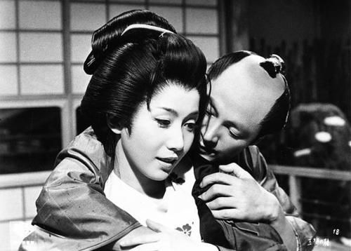 "岩下志麻 - ""五瓣の椿"" 野村芳太郎1964"
