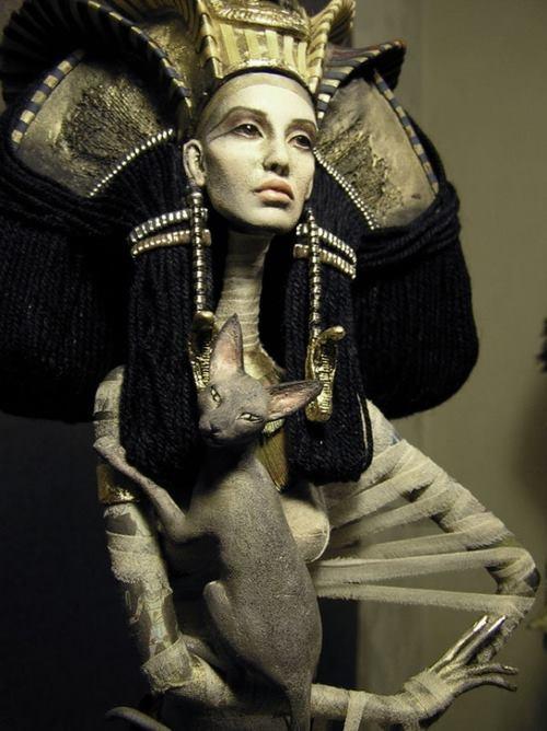 Scala Regia Fotos do Mural: Egyptian Queen, Katya Popovi, Inspiration, Sisters Dolls, Isis, Popovi Sisters, Fashion Dolls, Art Dolls, Priests Dolls