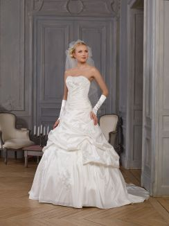 Robe de mariée Varsovie Point Mariage
