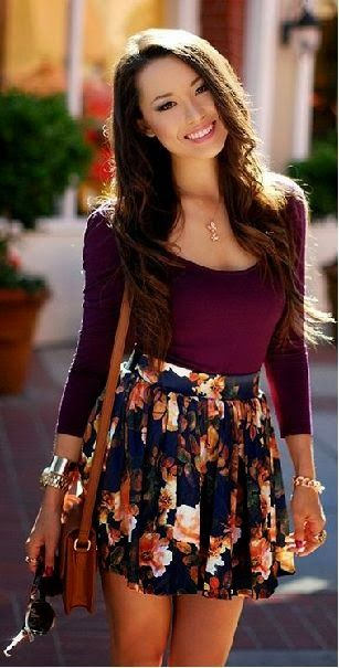 SHORT STREET: Summer casual style with floral skirt