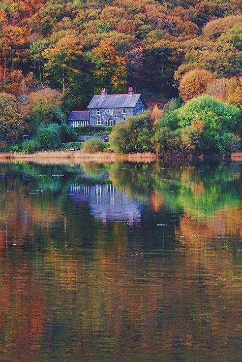 autumn lake house, tal-y-llyn lake, gwynedd, wales