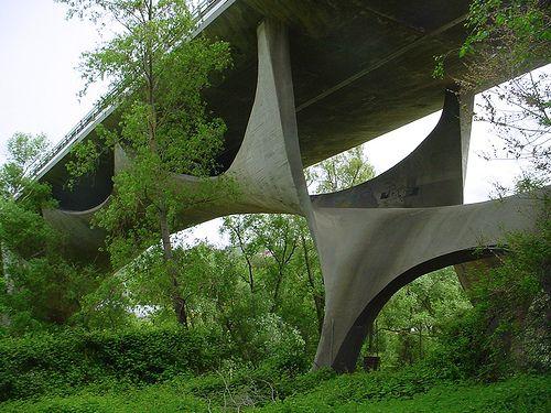 CONCRETELY: Sergio Musmeci's funky concrete bridge