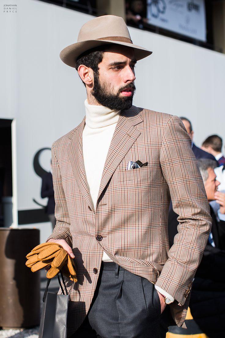 <結婚式 二次会 男性の服装カジュアル> チェックスーツにハット