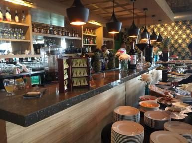 By Juliette Darmon What a pleasant moment to share a brunch-buffet on Sundays with the Canal view at Miraflores Locks! Every Sunday, near the Ciudad del Saber, close to the city, you could have the…