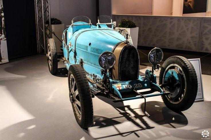 231 best bugatti images on pinterest antique cars. Black Bedroom Furniture Sets. Home Design Ideas